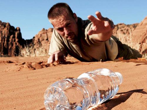 چرا نیاز افراد نسبت به آب در تمام فصول فرق می کند ؟
