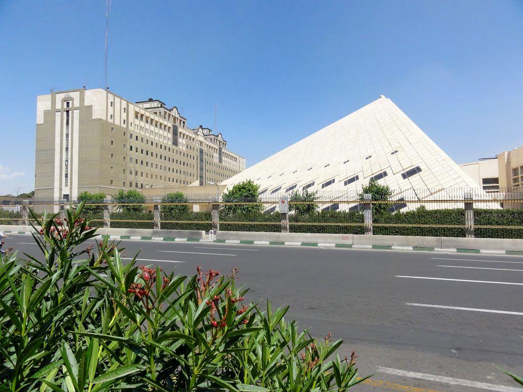 توضیحات شهرداری در مورد مرتفع سازی در اطراف ساختمان مجلس