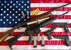 آماری شوکه کننده از مالکیت حمل سلاح در آمریکا/ ۶۷ درصد آمریکاییها برای محافظت از خود اسلحه حمل میکنند!