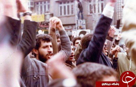 علی پروین و محمد مایلیکهن در تظاهرات علیه حکومت پهلوی +عکس