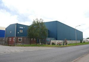 کشف مرکز تولید مواد مخدر در منطقهای صنعتی در انگلیس