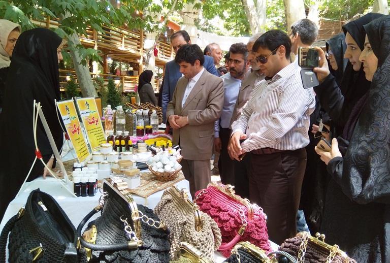 افتتاح بازارچه اشتغال بانوان طرقبه شاندیز