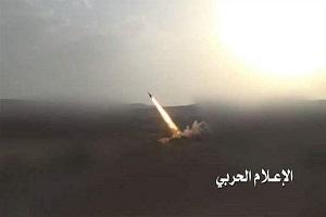 شلیک ۳ موشک زلزال به محل تجمع متجاوزان سعودی