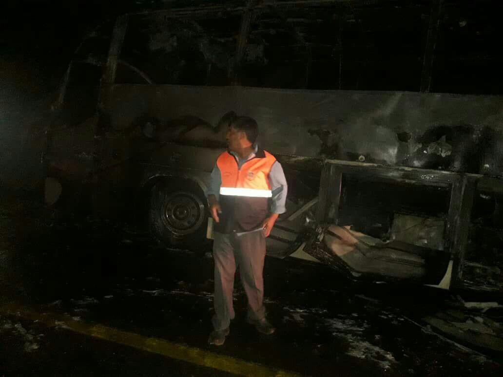 آتش اتوبوس بندرعباس- زاهدان را متوقف کرد