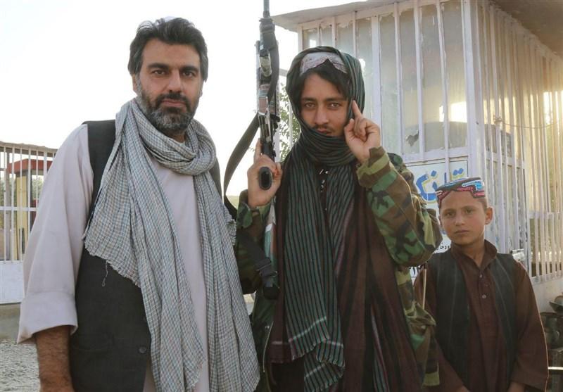 مستند «تنها در میان طالبان 2» ساخته شده است/ آمریکا تلاش می کند جنگ افغانستان را مذهبی کند