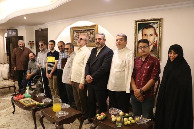 دیدار اعضای جمعیت جانبازان انقلاب اسلامی با خانواده شهدی فضایی