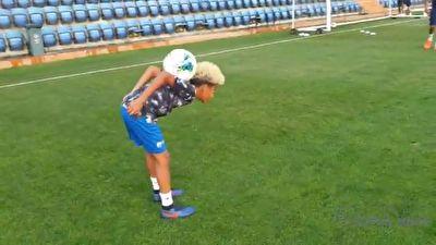 حرکات دیدنی پسر فوتبالیست معروف برزیل با توپ + فیلم