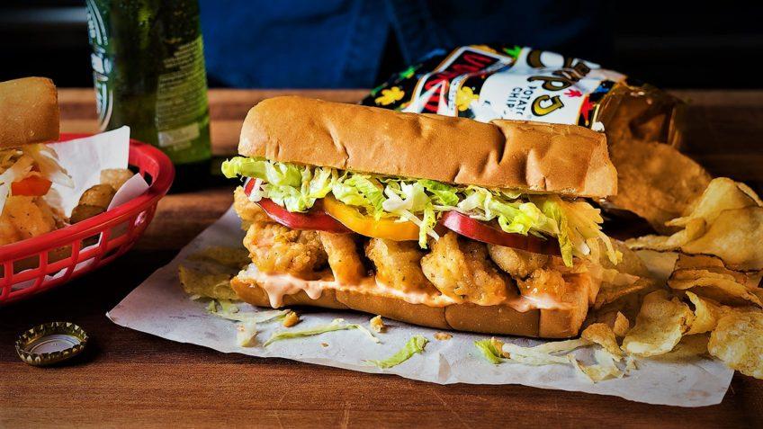 طرز تهیه ساندویچ میگو