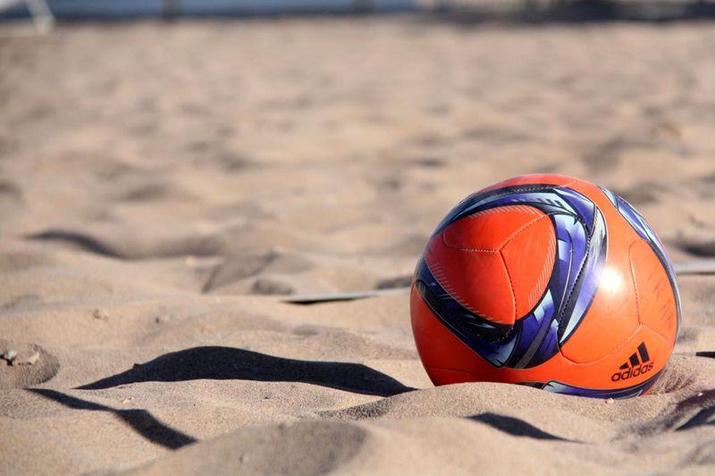 هفته هفدهم لیگ برتر فوتبال ساحلی کشور به کام ساحلی بازان یزدی