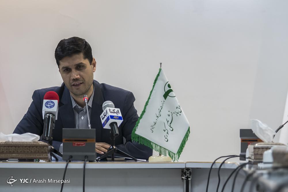 وعده میعاد صالحی به انتشار قراردادهای چند هزار میلیاردی صندوق بازنشستگی