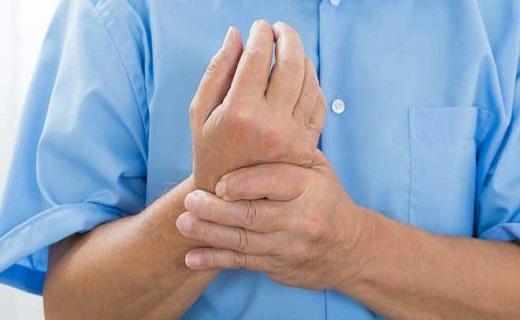 چرا انگشتان دست و پا گزگز میکنند؟