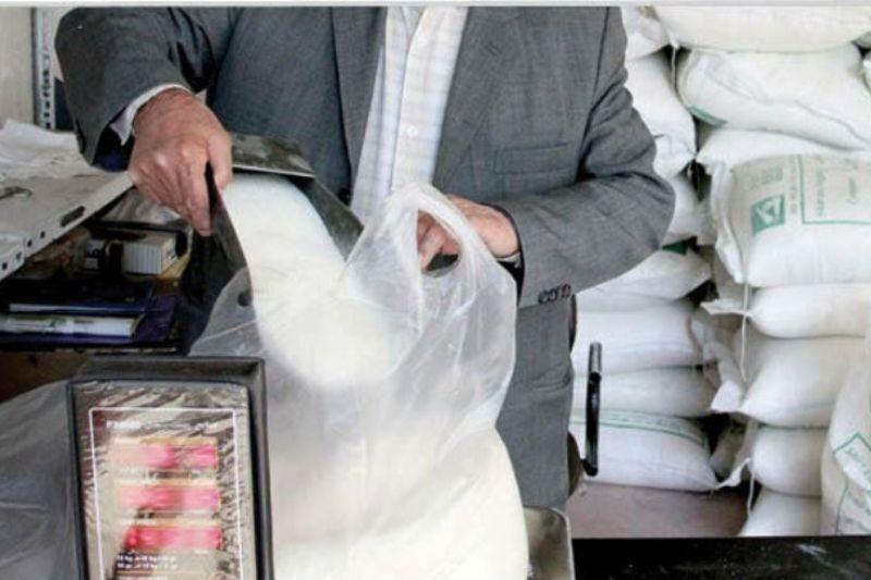 پنج تن شکر در شهرستان گناوه توزیع می شود