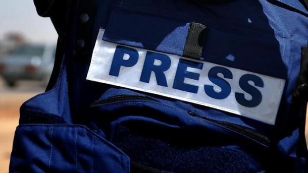 قدرت رسانهها در جامعه شناخته شده نیست/ چرا مسئولین در محتوای گزارشها دخالت میکنند؟