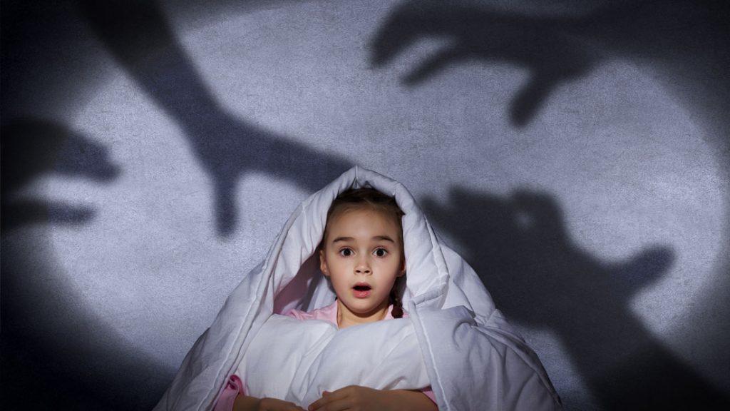 چرا کودکان خواب ترسناک می بینند؟