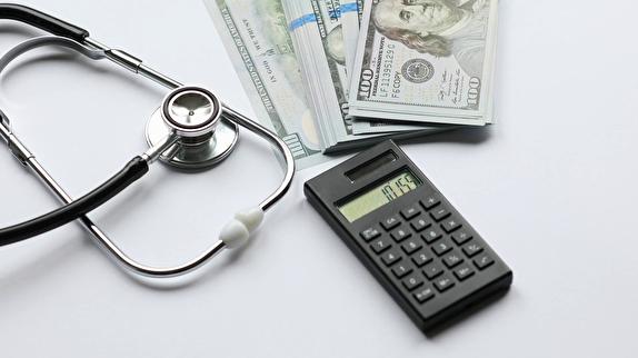 باشگاه خبرنگاران -تأخیر در پرداخت مطالبات، پزشکان را بیانگیزه کرده است/ تلاش نظام پزشکی برای بازنگری در تعرفههای سال ۹۹