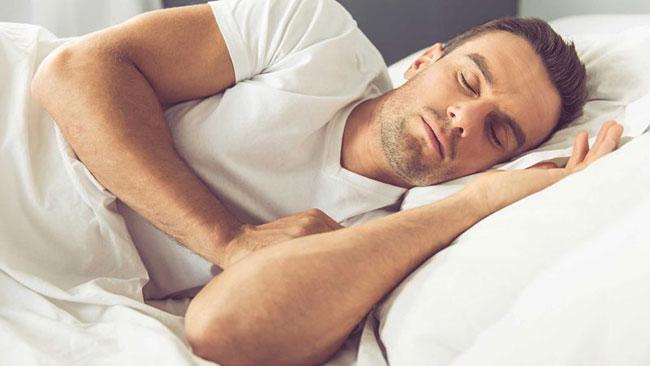 چه اتفاقهای وحشتناکی در فلج خواب روی میدهند؟