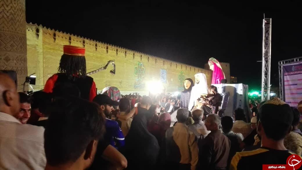 محوطه بیرونی قلعه سترگ کریم خان میزبان افتتاحیه نخستین جشنواره تیاتر ملی شهروند کودک شد