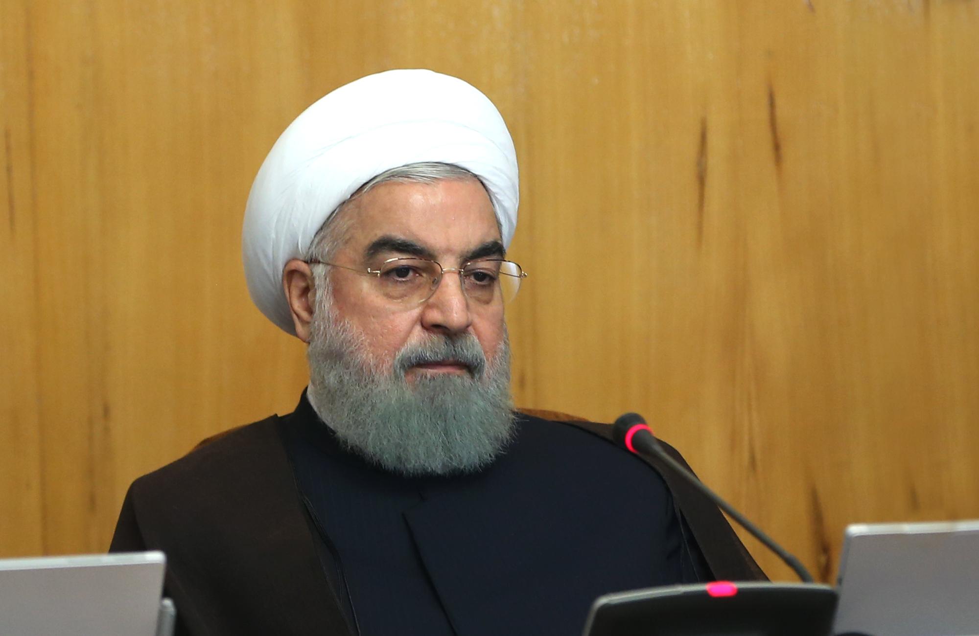 ایران همواره آماده روابط برادرانه و دوستانه با همه کشورهای اسلامی است/ تامین امنیت خلیج فارس نیازی به نیروی خارجی ندارد / صهیونیستها اگر میتوانند امنیت خود را حفظ کنند!
