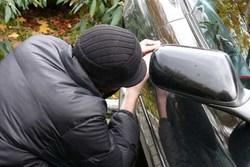 سارق لوازم خودرو دستگیر شد