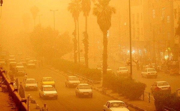 منشا گرد و غبار شرق کشور خارجی است