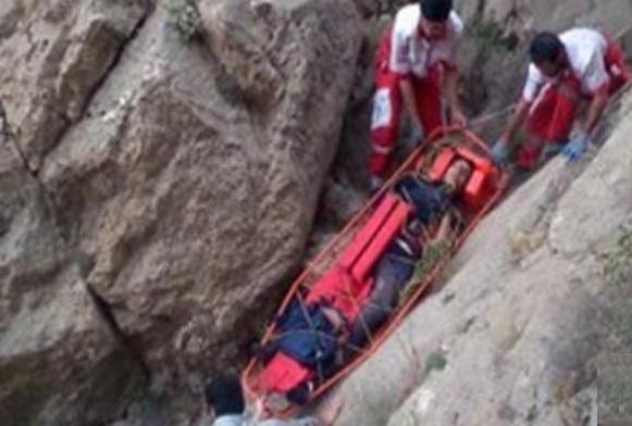 نگاهی به مرگ فرناز دولتخواه و آنچه در ارتفاعات دماوند میگذرد
