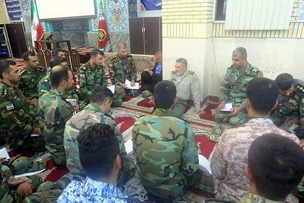برگزاری جلسه هماندیشی فرماندهکل ارتش با فرماندهان مرکز آموزش جوادالائمه (ع)