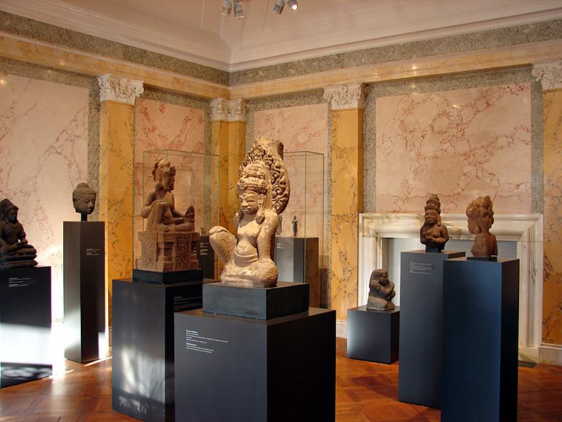موزهای اروپایی که آثار غیر اروپایی را به نمایش میگذارد