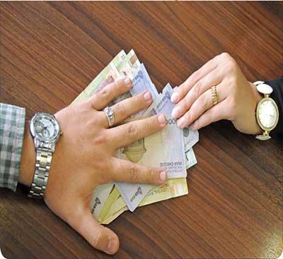 میزان نفقه زن چقدر است؟ / یکسال حبس در انتظار مردانی که نفقه نمیدهند