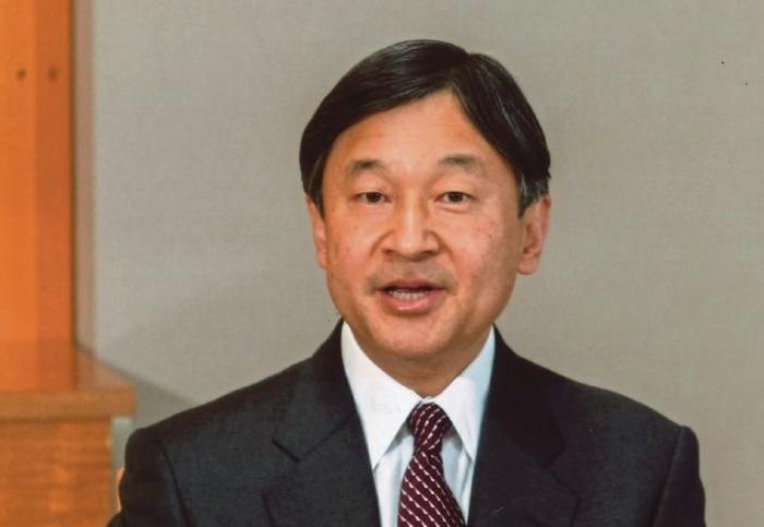 امپراطور ژاپن از گذشته کشورش ابراز تاسف کرد
