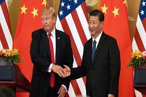 بلومبرگ: دونالد ترامپ با نگرانی از رکود اقتصادی به شی جینپینگ پناه میبرد