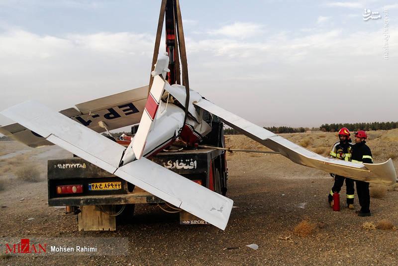 سقوط یک فروند هواپیمای آموزشی فوق سبک در منطقه ایوانکی/ فوت خانم دانشجوی خلبان