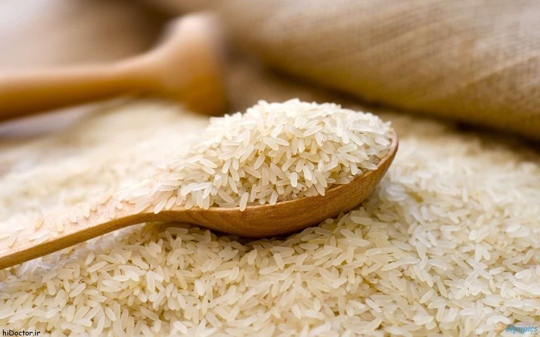 تولید برنج به ۲ میلیون و ۳۰۰ هزار تن میرسد/ افزایش ۲۰ درصدی هزینههای تولید بر قیمت برنج ایرانی اثر گذار خواهد بود