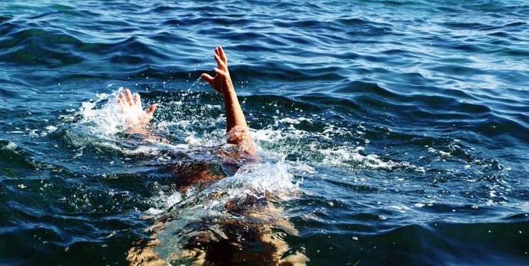 تابستان، شنا، حادثه