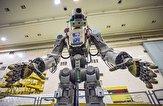 باشگاه خبرنگاران -ربات انسان نمای روسی، فضانوردان را همراهی میکند