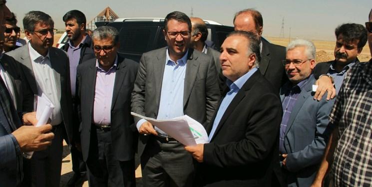 بازدید وزیر صمت از سه منطقه ویژه اقتصادی همدان