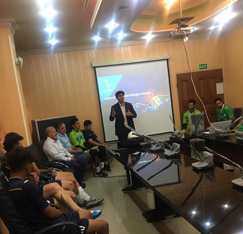 باشگاه خبرنگاران -استقلالیها در دوره آموزشی تغییرات قوانین بازی شرکت کردند
