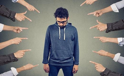 نوجوانان، قربانیان اصلی اختلال اضطراب اجتماعی / عارضهای روانی که با مشکلات گوارشی ظاهر میشود