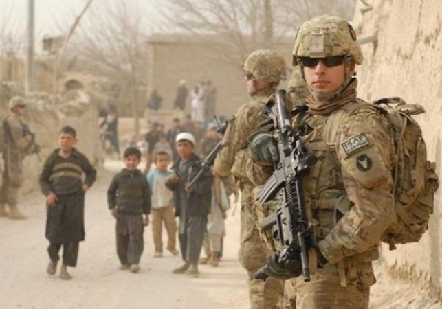 ترامپ از کاهش تعداد نظامیان آمریکایی در افغانستان خبر داد