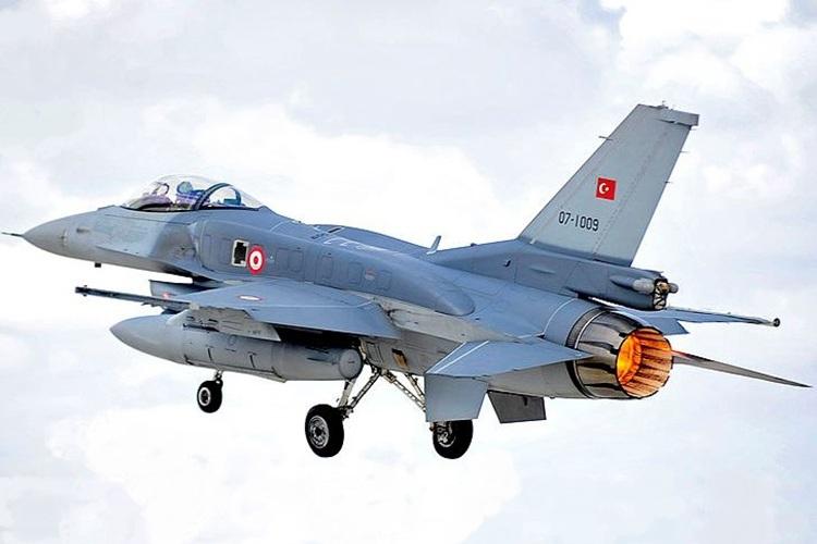 یونان: جنگندههای ترکیه حریم هوایی ما را نقض کردهاند