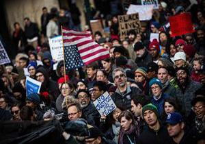 تجمع مردم در نیویورک در اعتراض به افزایش خشونتهای مسلحانه