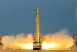موشک سجیلِ ایرانی، هفت دقیقه تا اسرائیل + تصاویر و فیلم