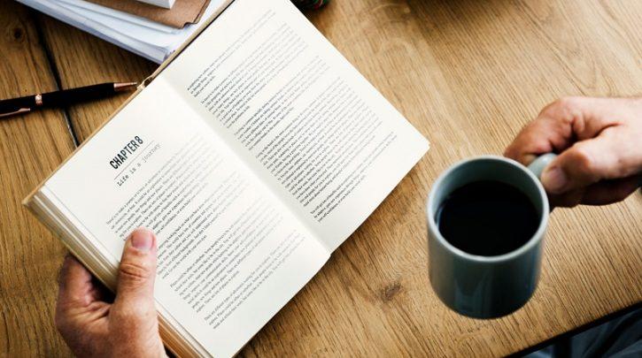 دلم به حال خوانندگان این کتاب ها میسوزد/ به جلسات نقد کتاب های ترجمه نیاز داریم
