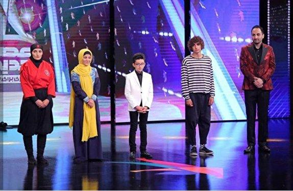 باشگاه خبرنگاران - خواننده نوجوان اردبیلی در فینال عصر جدید درخشید/ روایتی واقعی از ایثارگری یک مادر در قالب نقاشی شنی/ آخرین معمای عصرجدید توسط یکی از داوران برملا شد+ فیلم