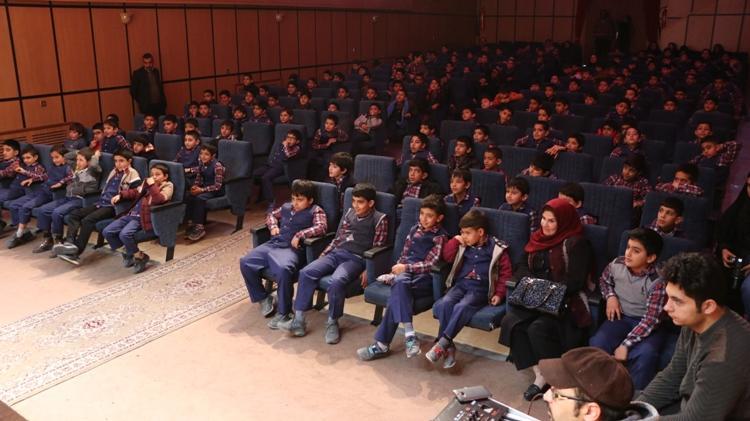 نمایش فیلمهای جشنواره بین المللی در ایلام
