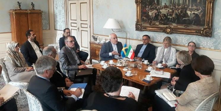 رایزنی ظریف با همتای سوئدی خود درباره ضرورت تسریع در اجرای اینستکس و امنیت خلیج فارس