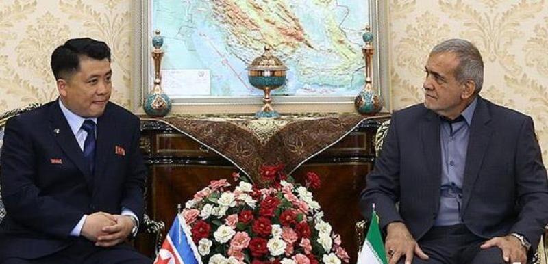 توسعه روابط بین تهران و پیونگ یانگ فشارهای موجود را خنثی میکند