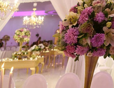 از محضر لوکس تا آبشار شکلات/ موارد عجیبی که در عروسیهای امروزی به چشم میخورد!