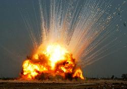 انفجار انبار مهمات در عراق + فیلم