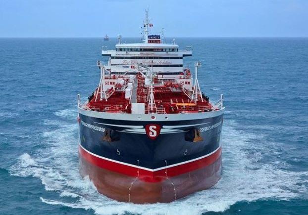 افت اعتبار جهانی انگلیس در کشتیرانی به دنبال توقیف نفتکش انگلیسی