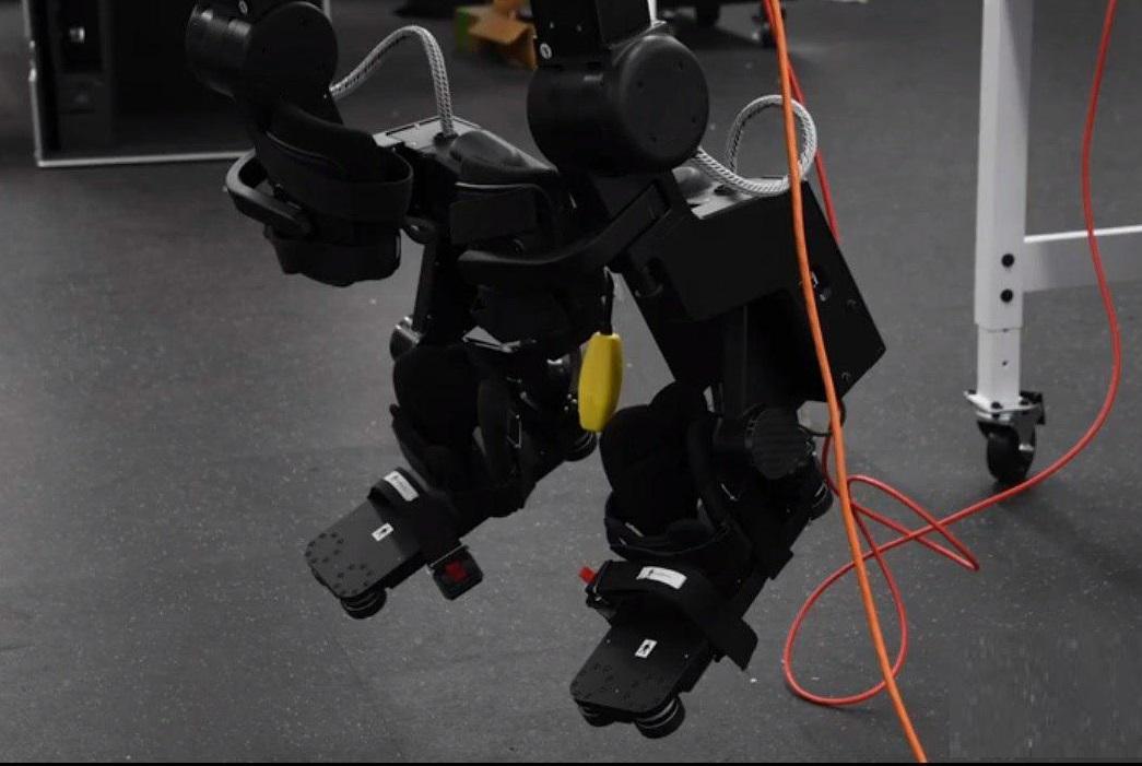 با این ابتکار راه رفتن برای معلولین ضایعات نخاعی هم ممکن میشود